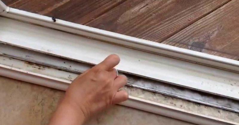 (Video) Cara Mudah Cuci Track Tingkap Dan Sliding Door Hanya 5 Minit. Berkesan!