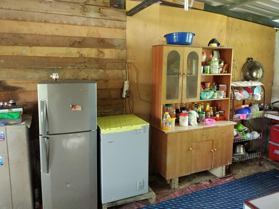 Keselurhan Waktu Diperuntukkan Lebih Kurang 2 Bulan Untuk Menyempurnakan Seluruh Renovasi Dapur Tapi Kerja Berat Mereka Telah Gunakan Kontraktor Lah